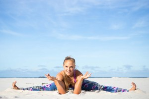 Emma Corbett- The Heart of Yoga - Yoga retreats Sweden Sverige Worldwide
